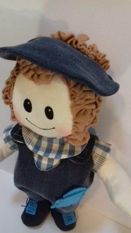 Cartamodello bambolotto maschio in pezza